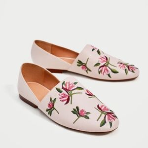 ZARA Womans Size 10 Flat Floral Embroidered Shoes